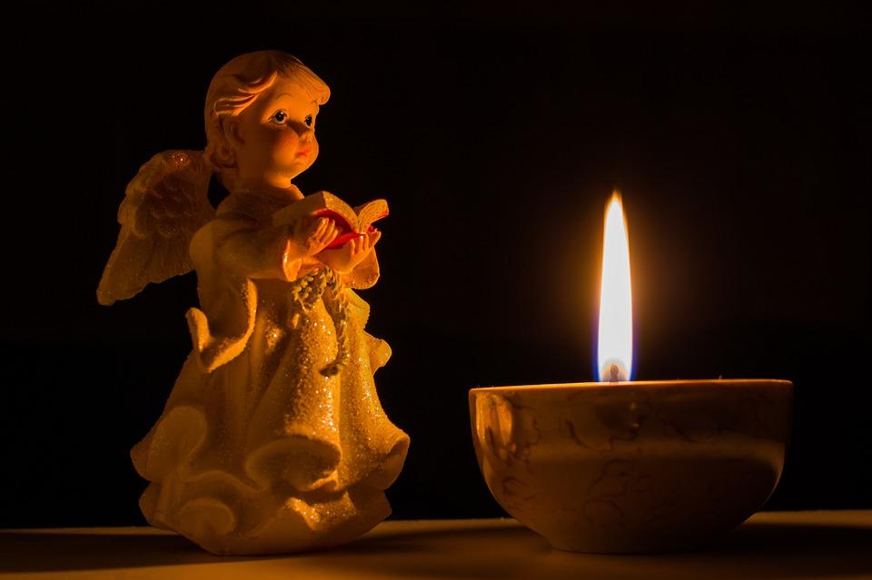 04 - angel-1253594_960_720
